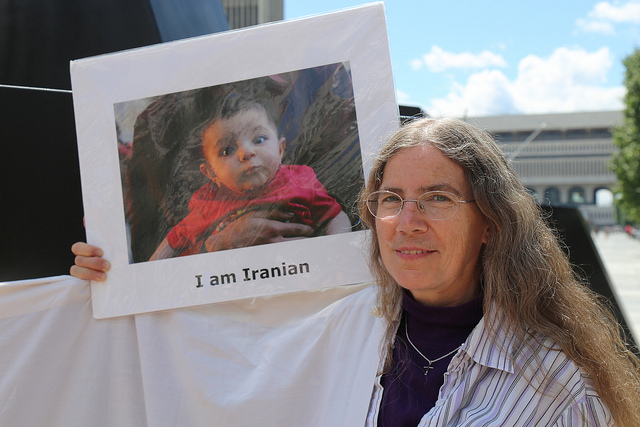 Dinah and Iranian baby, photo by Alice Brody.