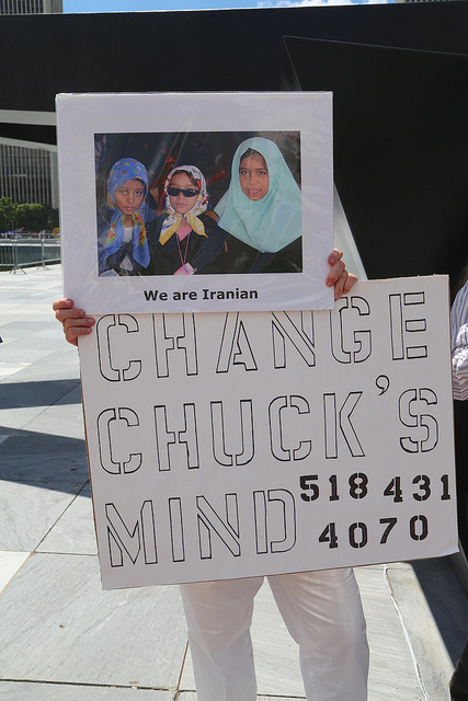 Change Chuck's Mind.  Sign by Marcia Hopple, Photo by Alice Brody.