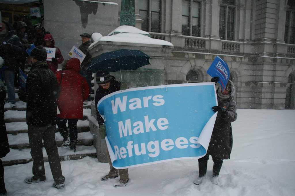 Wars make refugees rally in the snow at Capitol, April 4, 2016, photo by Mabel Leon