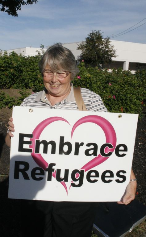 5 CSJ community member, Embrace Refugees, photo by Mabel Leon
